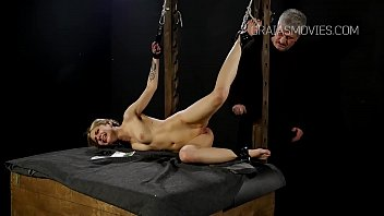 defaint punished folded fuck blind girl and Fat women on dildo machine