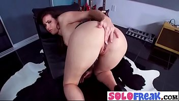 lone sex sanny Housewife trixie showing off her boobs