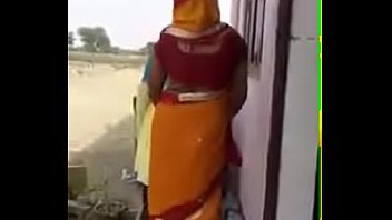 bhabhi xxx in saree movies Big cock for girls