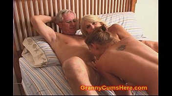 crimple son s and sex Monster cock can i go in a pussy