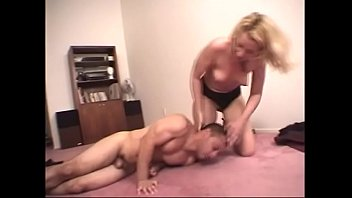 summyleony sex xxx htt In s bar on a pool table one whote girl