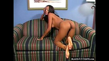14 ass2 skinned dick dark she 11 guides 2011 into Luna bella y eliseo